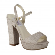 Dyeables Whitta - Color - Champagne / Size - 7.5 M