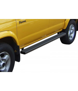 1999-2004 Nissan Frontier Crew Cab 5ft. Short Bed Only 6061 Aircraft Aluminum Black finishing iStep 4 Inch sidestep